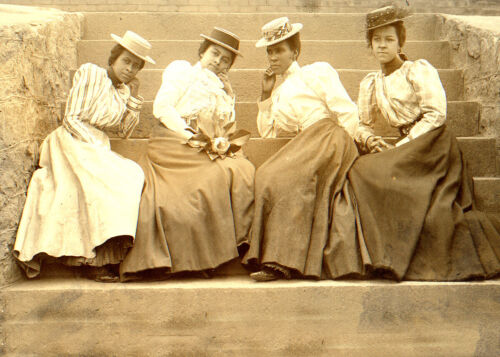 1899-Four African American Women on Steps-Building at Atlanta University-PHOTO
