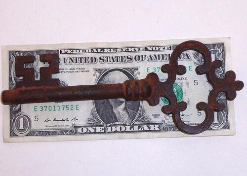 Antique Large Cast Iron Victorian Skeleton Key