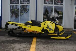 2016 SKI DOO SUMMIT X 800 163 T3 WARANTY TILL 31 DEC 2019