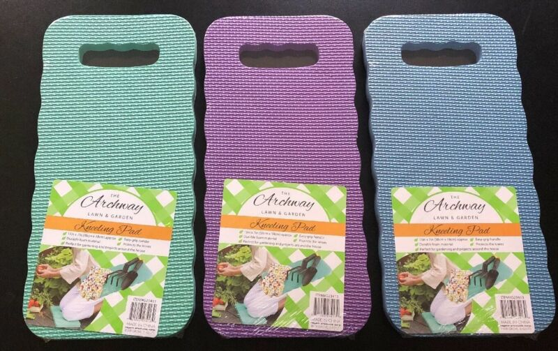 (1) FOAM KNEELING PAD 15 Inches By 7 Inches - GARDENING PROJECTS -  RANDOM COLOR