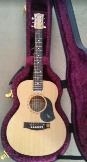 Maton (Baby Maton) M-6 Mini Acoustic Guitar & Case (mint)