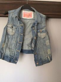 New Look size 18 denim sleeveless jacket