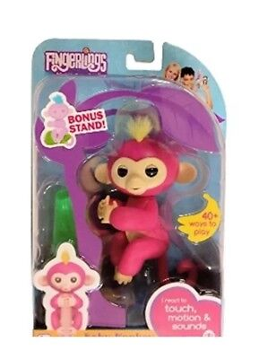 Fingerlings   Wowwee Interactive Baby Monkey    Bella Pink With Bonus Stand