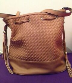 Brand New NewLook Women Shoulder bag Camel Brown Colour Criss cross pattern