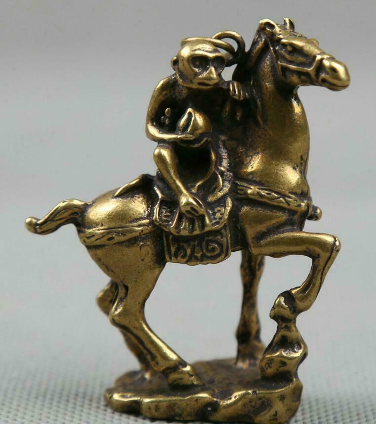 59MM Small Curio Chinese Bronze Lovable Zodiac Animal Horse Monkey Peach Pendant