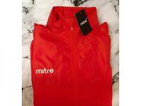 Mitre sports training edge rain jacket size medium youth 8-10yr NWT