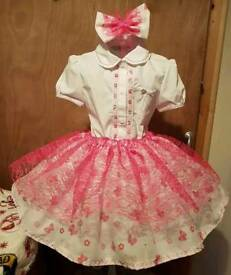 Girls homemade skirt, blouse a clip age 4 to 6