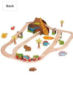 Bijigs wooden Dino train set