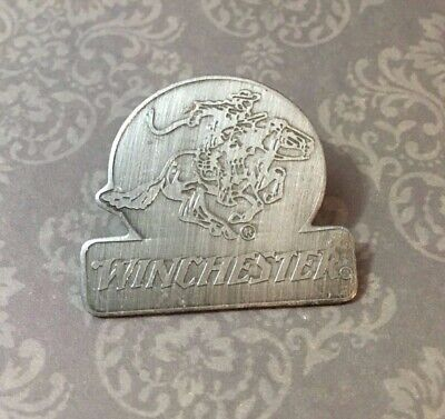 Vintage Old New Raccoon Hunting Trapping Pin Hat Lapel Tie Tack Motorcycle Vest