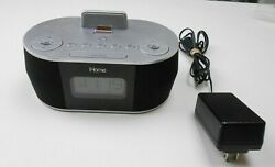 iHome iDN38 Dual Alarm Clock Radio USB for iPhone/iPad/iPod Used