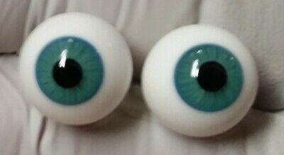 Vintage Kais Germany Pair 14 mm Round Blue//Green  Doll Eyes Raised Lens NOS