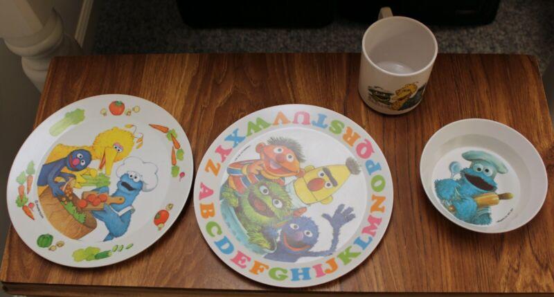 Sesame Street 1977 Plastic Dish Set 2 Plates Bowl Cup