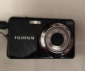Fujifilm digital camera 10.2 megapixel with charger and case