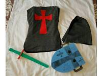 Knights dressing up outfit age 5 - 8