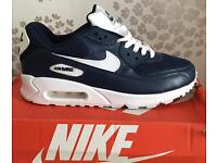 Size 9 only trainers Nike air max £40