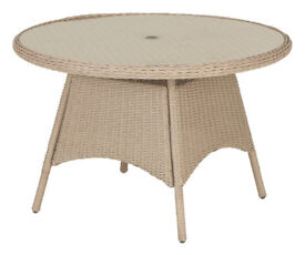 EX DISPLAY Argenta Rattan Table