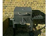 Toronto Charcoal bbq grill - with side table | Used