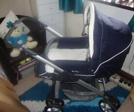 Silver Cross Sleepover pram/pushchair with accessories & Crib AS NEW