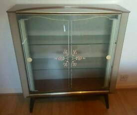 ON TREND kitch Vintage retro mid century glass cabinet PERFECT FOR UP CYCLE