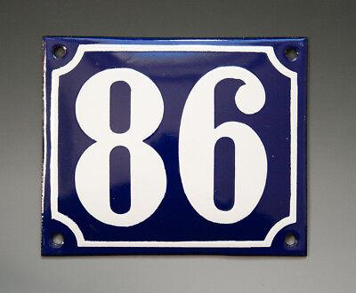 EMAILLE, EMAIL-HAUSNUMMER 86 in BLAU/WEISS um 1955-1960