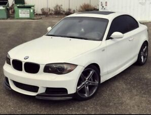 2009 BMW 135i M performance package **FULLY LOADED WITH GPS**