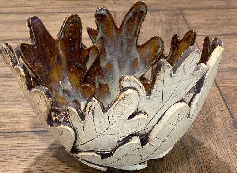 "Pottery Glazed Interior Matte Exterior Arts And Crafts Large Leaf Bowl 6""X7.5"""