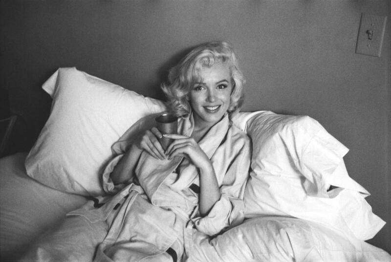 Marilyn Monroe Lying In Bed 8x10 Picture Celebrity Print