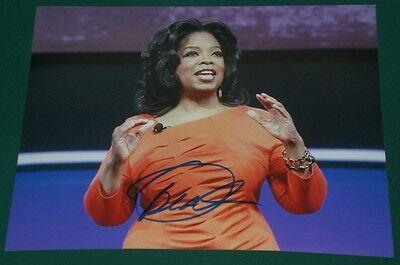 Oprah Winfrey Signed Queen Of All Media 8X10 Photo Autograph Coa