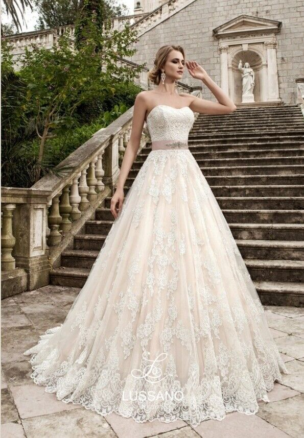Lussano Italian Lace Wedding Dress Size 8 10 Rrp 1500 Free Shippingcollection In The Uk In Cliftonville Kent Gumtree