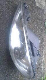 Peugeot 206 N/S Headlight (2004)