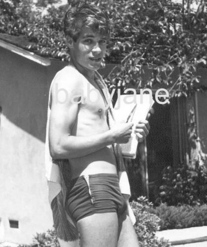 003 DON GRADY BARECHESTED IN BATHING SUIT BEEFCAKE PHOTO
