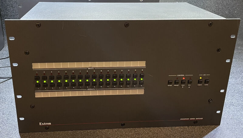 Extron CrossPoint 1616 HV 16x16 Wideband Matrix Switcher