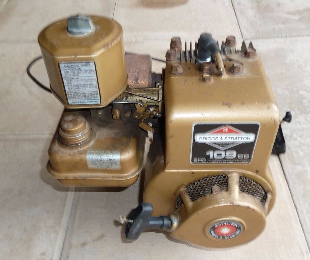 Briggs Amp Stratton 2hp Magnetron Engine In Good Working