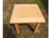 """Oak Coffee Table Approx 24"""" x 24"""" by 24"""" high"""