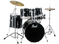 Pearl Forum 5 pc drumkit in black