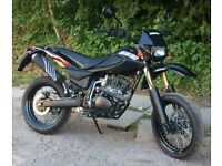 CCM SM125 Motorbike *Ideal first bike*