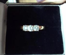 LADIES DIAMOND TRILOGY RING 18ct rose gold