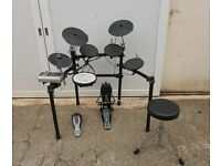 ROLAND TD-9 DRUM KIT WITH STOOL