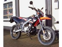 Spanish Built 2011 DERBI SENDA SM50 X-TREME 2-Stroke GEARED MOPED For Aged 16+ 50cc