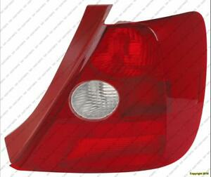 Tail Light Passenger Side Hatchback Honda Civic 2002-2003