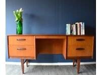 Vintage Danish teak desk / dressing table /drawers/ sideboard. Delivery. Midcentury/ modern.