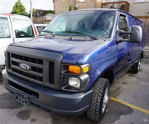 2010 Ford E-150 Only 44,000 Kms. Rear Heat