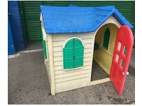 Little tikes playhouse/play house