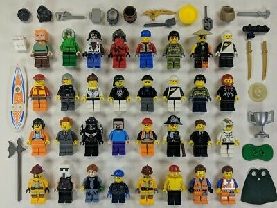 32 Lego Minifigures MINIFIGS Lot Star Wars NINJAGO CHIMA w/ accessories