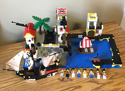Lego Pirates Imperial Trading Post (6277) Vintage Near Complete