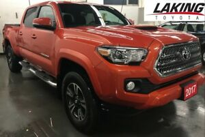 2017 Toyota Tacoma TRD Sport Double Cab LOW KILOMETERS Clean Car