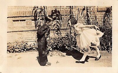 VTG Photo CUTE YOUNG BOY & GIRL BOW CURTSEY TO ONE ANOTHER FORMAL DRESS UP S11 (Dress Up Cute Boys)