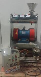 WFM-10 Pulvérisateur vibrant horizontal à poudre *Aevos Equipement*