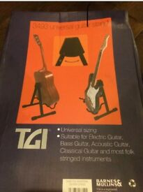 Universal guitar stand