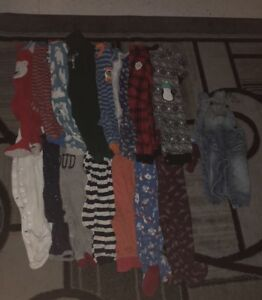 15 boy onesies and overalls size 12 12-18 months for 15$